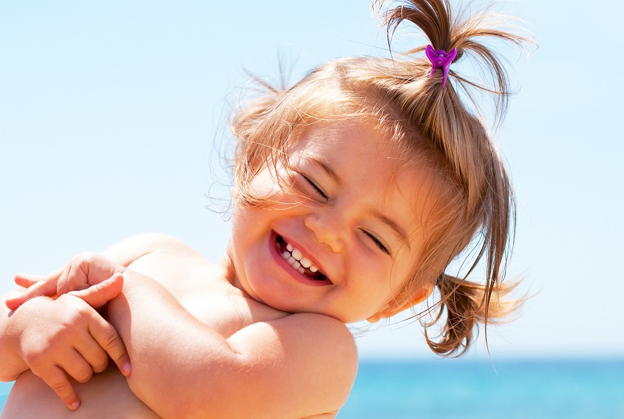Picture a Lifetime of Healthy Smiles for Your Child — Visit the Dentist By Age One