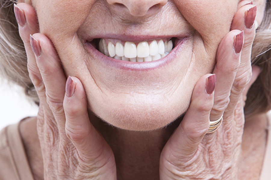 Restoration vs Dentures – How Will My Dentures Look?