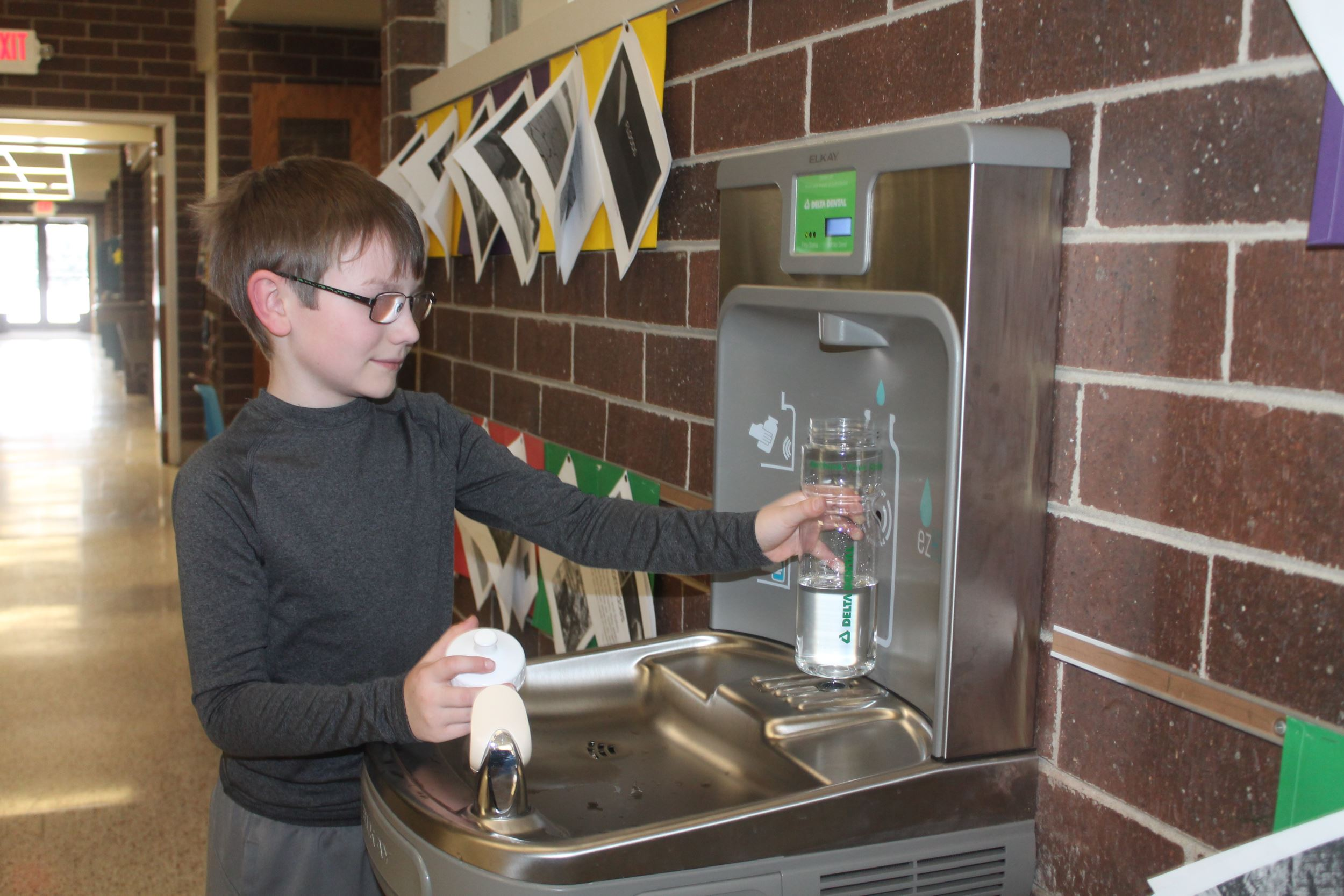 Lincoln Elementary Water Fountain