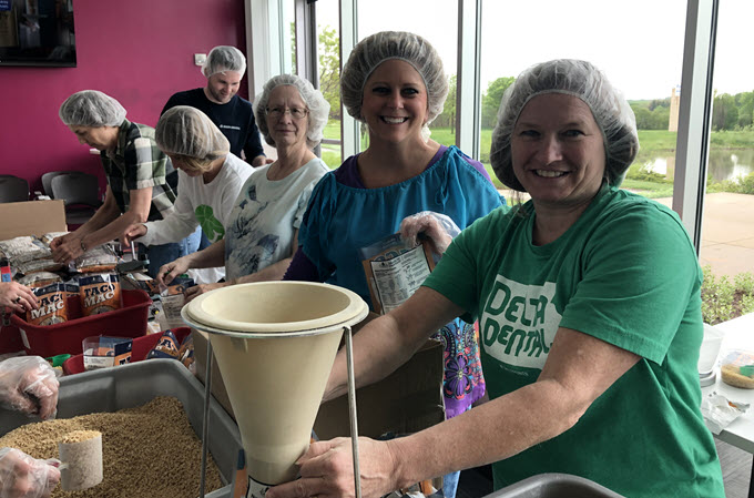 Delta Dental of Iowa Employees Give Back Program Focused on Nutrition and Wellness